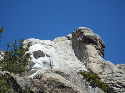 Mount Rushmore - ET on the right?