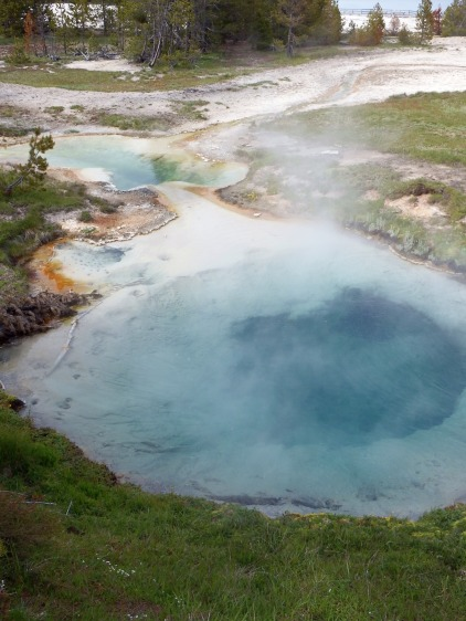 Yellowstone National Park - West Thumb Geyser Basin