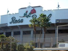 Walking to the Rose Bowl