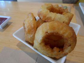 LA - Umami Burger - Onion Rings