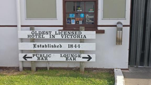 Port Fairy - Caledonian Inn