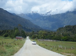 On the way to Hokitika Gorge