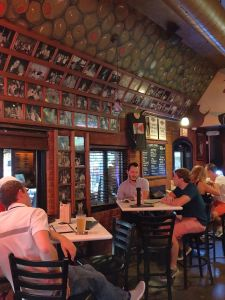 Mort's Martini and Cigar Bar - Wichita
